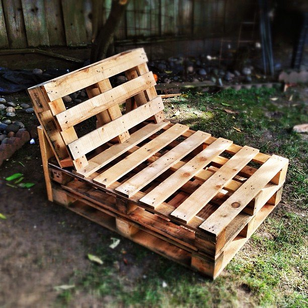 how to make cushions for pallet couch