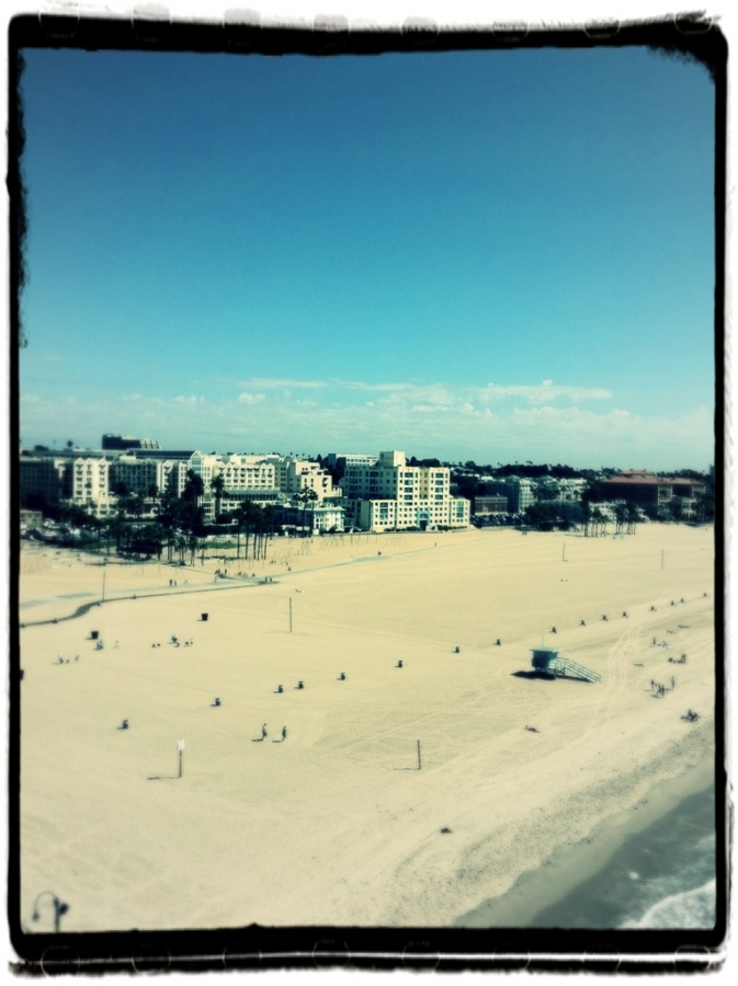 [Image: Image by @bperry - Santa Monica beach on Propic]