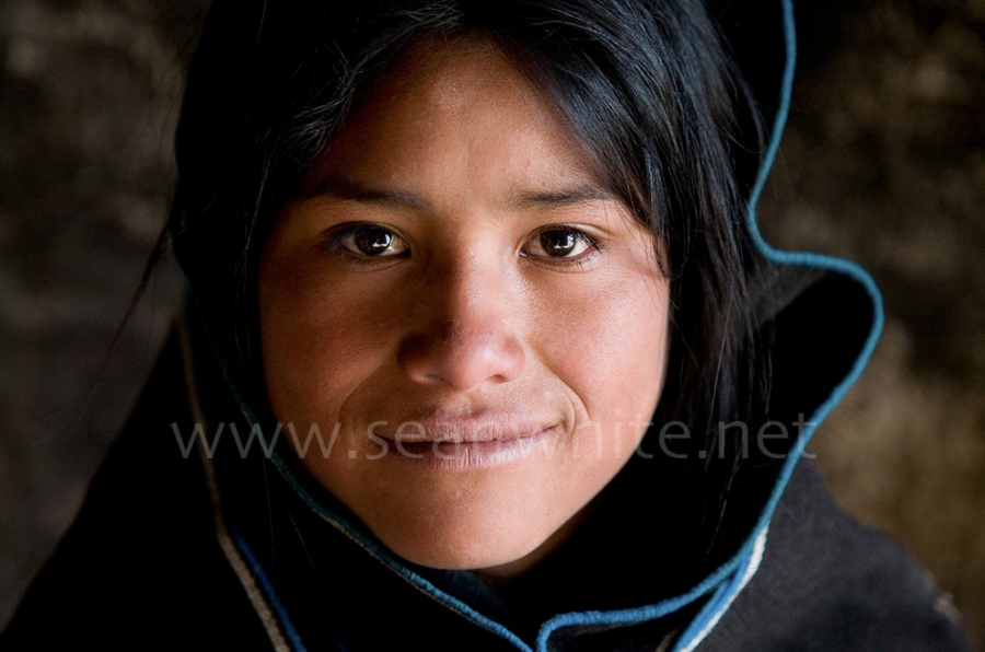 [Image: SFW023 Travel To The Edge Favs 015 by @SeanFWhite - Chipaya girl, Bolivia. Photography by Sean F. White. All Rights Reserved. on Propic]