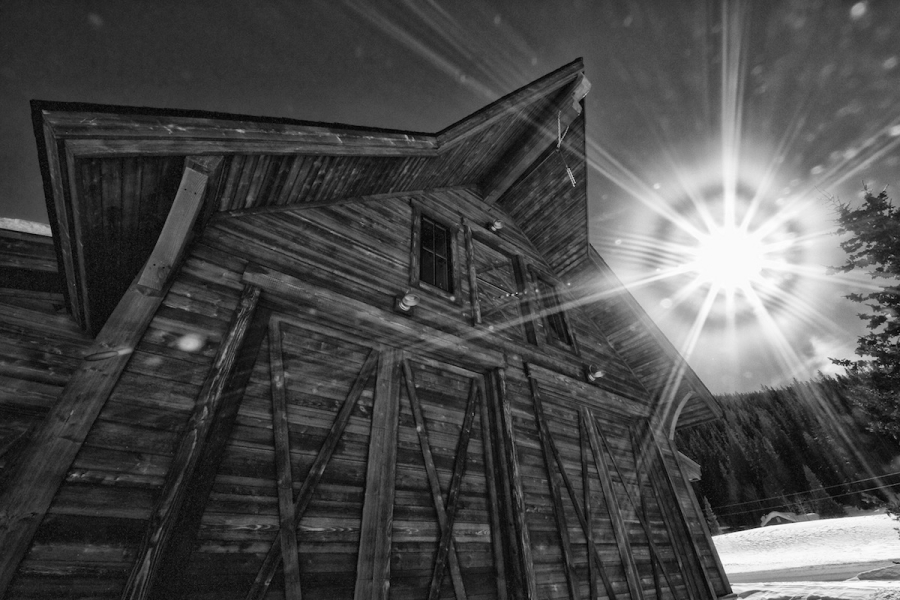 [Image: Barn Decker BW by @DanielPDunn - shooting directly into sun, on sunny day. I think it turned out well  on Propic]