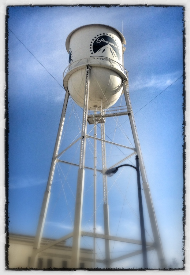 [Image: Photo by @MNS1974 - Paramount Water Tower on Propic]