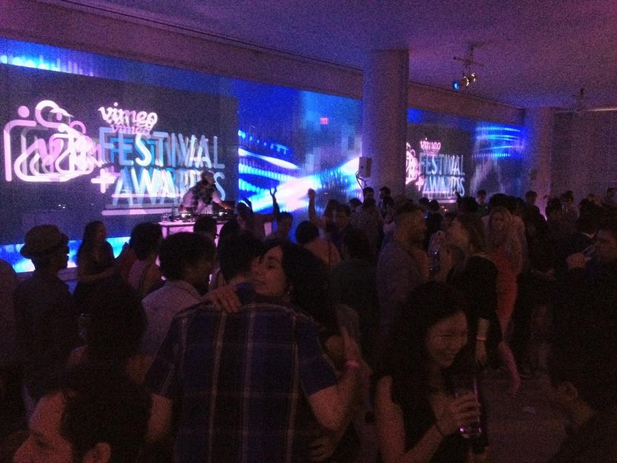[Image: Image by @F9photo - Vimeo Awards party, Thanks @vincentlaforet @PhilipBloom @sestela72 @blakewhitman @cristinavaldivi for a great evening on Propic]