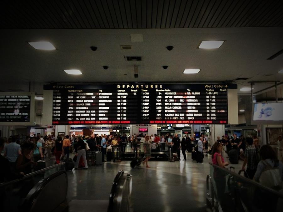 [Image: Image by @F9photo - The departures board as I leave NYC on Propic]