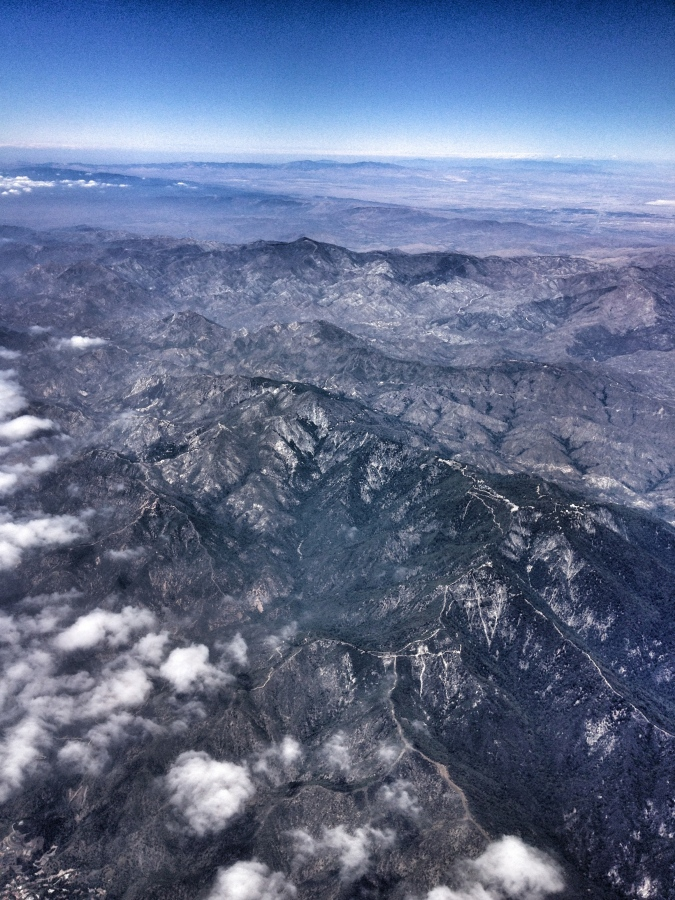 [Image: Photo by @MissHBomb - The view from a plane. Makes me realize there's so much more to see... on Propic]
