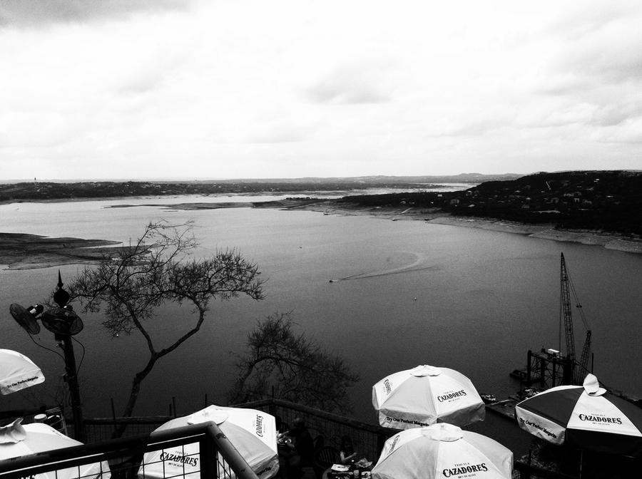 [Image: Image by @KrishanBansal - Lake Travis. on Propic]