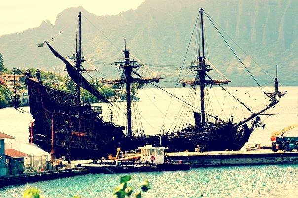 [Image: Image by @KrishanBansal - Old picture I took of the Pirates of the Caribbean film being produced in Kanehoe, Hawaii back in 2010. on Propic]