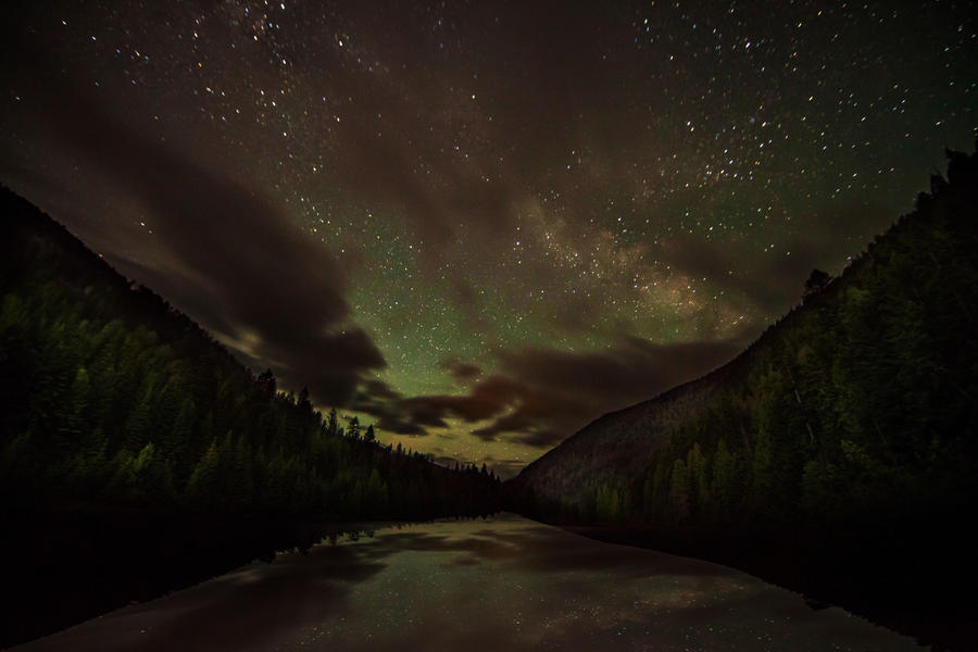 [Image: Astro - Nelson, BC by @PrestonKanak - Still frame from astro timelapse in Nelson, BC. on Propic]