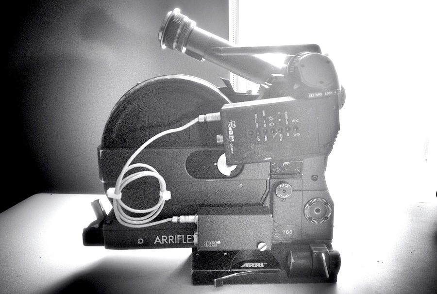[Image: Arri SR3 Advanced w/ CEI Color V video Assist + 12/24v box by @MNS1974 - Arri SR3 Advanced w/ CEI Color V video Assist + 12/24v box on Propic]