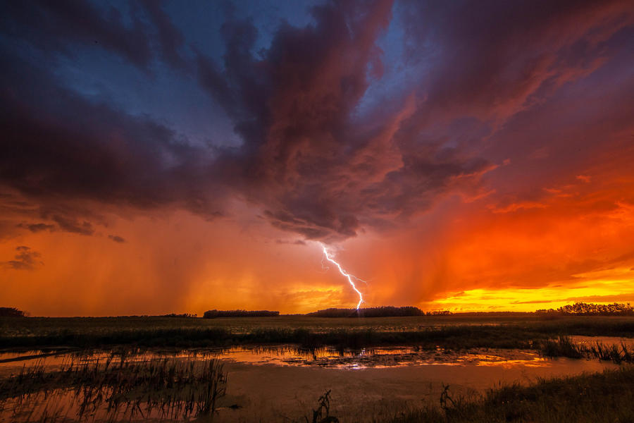 [Image: Storm Chase by @PrestonKanak - Unbelievable skies last night!  Frame grab from timelapse during storm chase with the talented @canadogreg. on Propic]