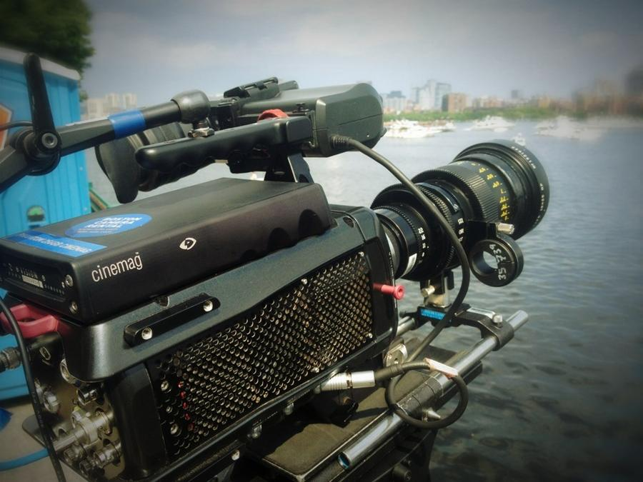 [Image: Image by @tomguilmette - Phantom Flex ready to shoot Boston fireworks w/ 25-250mm at 1000fps 1080p @rulebostoncam on Propic]