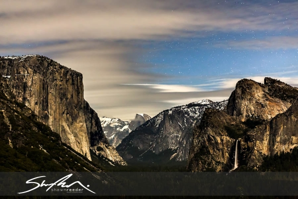 [Image: Yosemite Night Stars  Moon Clouds by @shawnreeder - My 5D Mark III showed up just in time for a trip to Yosemite to shoot some astro timelapse. Loving it!  on Propic]