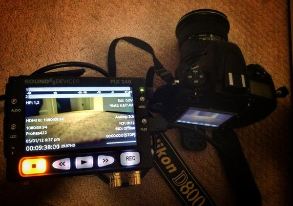 [Image: Image by @PhilipBloom - Checking out the #NikonD800 clean HDMI out with the rather lovely @sounddevices #pix240. Proper tests tomorrow on Propic]